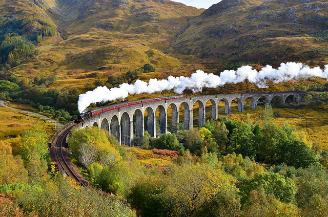 Glenfinnan-Viaduct-Scotland