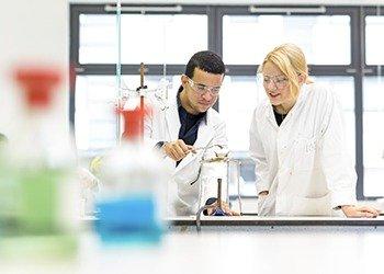 bellerbys_science_facilities_350
